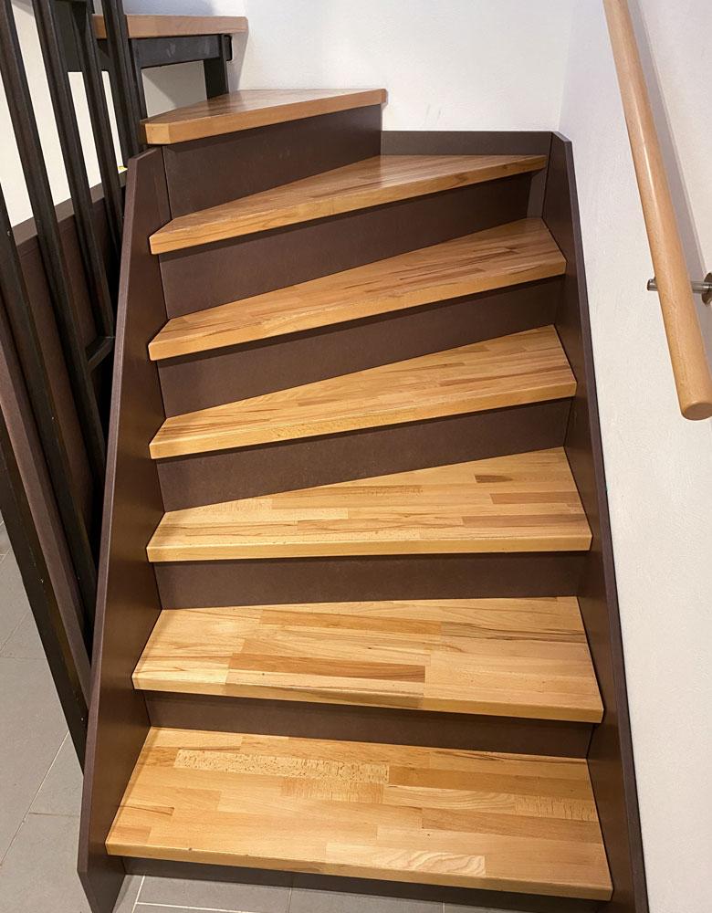 Treppen aus Holz | Naturholz | Massivholztreppe