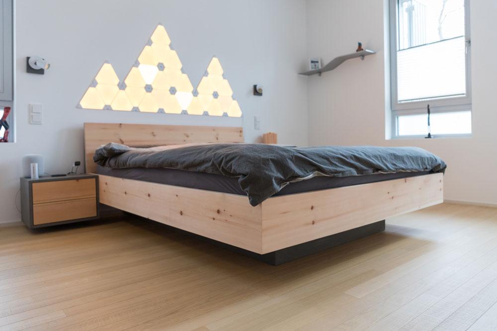 Bett schwebend | Zirbenholz | vom Schreiner