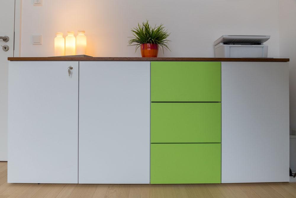 Kommode für Arbeitszimmer | Tischlerei Möbel